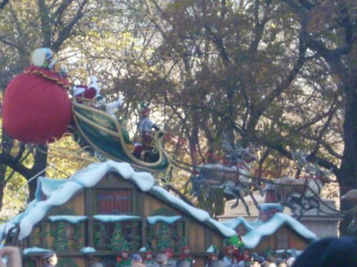 Santa arrives at the parade! It's truly Christmas time!