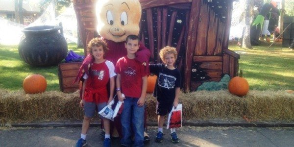 13 Reasons to Take Your Kids to Six Flags Great Adventure Fright Fest