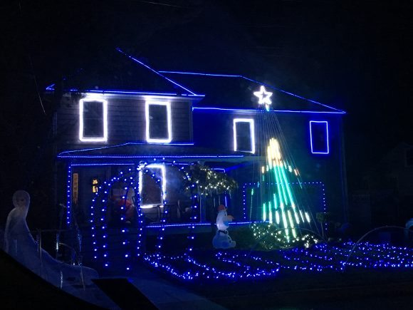 The Sims family house in Spring Lake Heights Holiday Displays & Lights in New Jersey