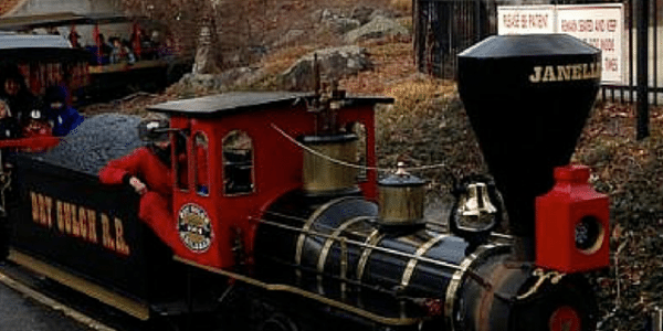 New Jersey Holiday Train Rides