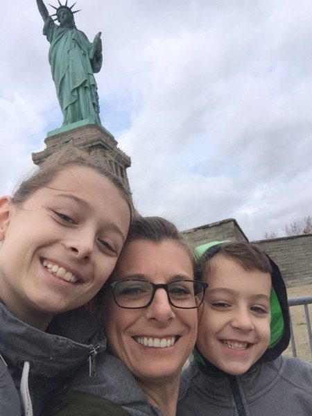 Selfies with the Statue!