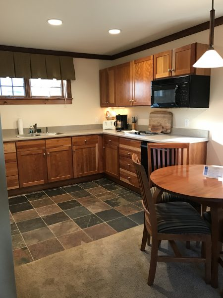 Windwood Inn and Condos at Windham Mountain 2 bedroom condo kitchen