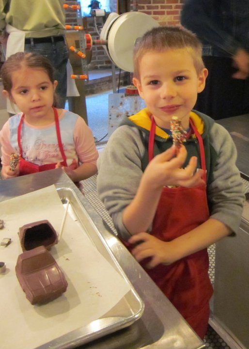 N learning to make chocolate at Lores Chocolates in Philadelphia