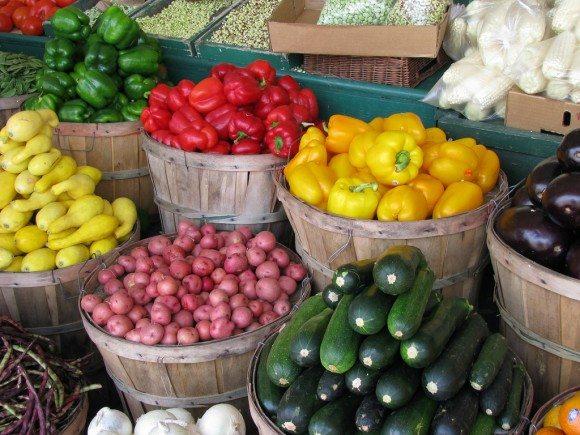 Farmers' Market produce pic
