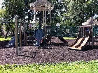 memorialpark 16 playgroundview