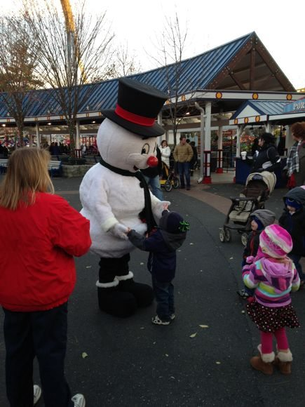 Meeting Frosty at Hersheypark Christmas Candylane.