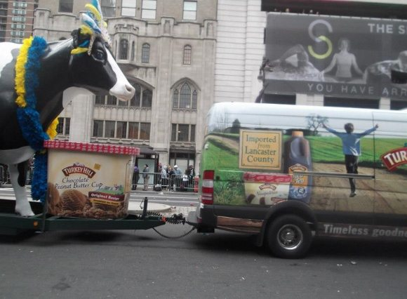 Look what we saw last year Turkey Hill Van and Cow!