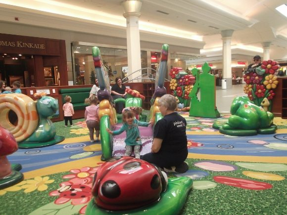 moorestown mall play area