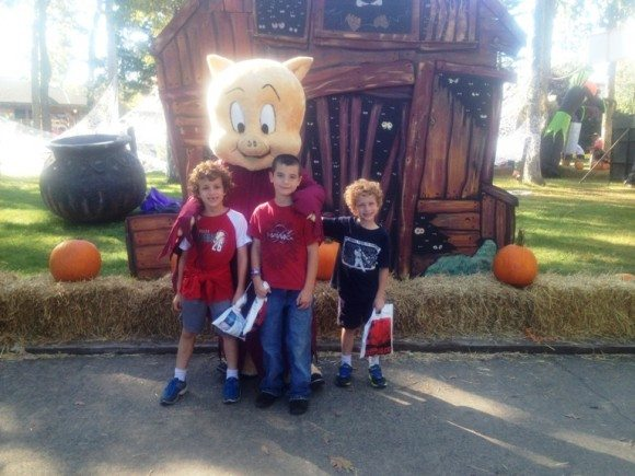 Six Flags Great Adventure Fright Fest Trick or Treat Trail