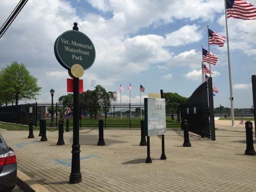 Entrance to Veteran's Memorial Waterfront Park