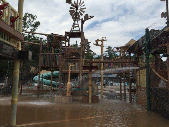 Hurricane Harbor water playground 1