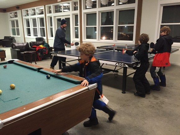 Nordic Village Resort gameroom