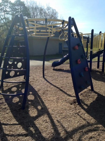80 acres park playground