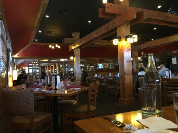 The Morris Tap & Grill dining room