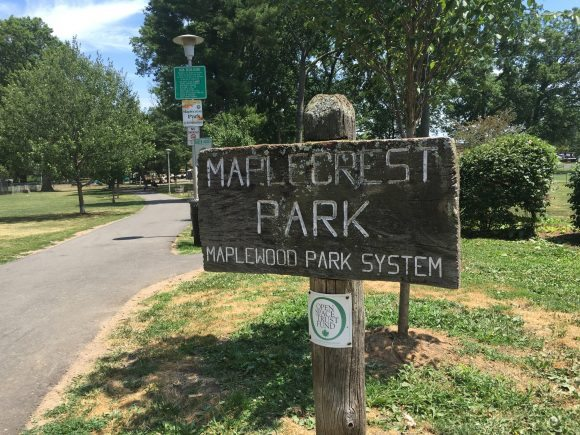 Maplecrest Park entrance
