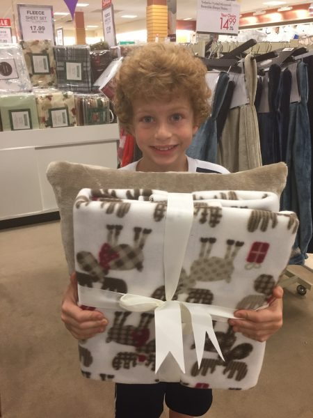 How to Decorate a Child's Bedroom for the Holidays Boscov's Holiday Bedding