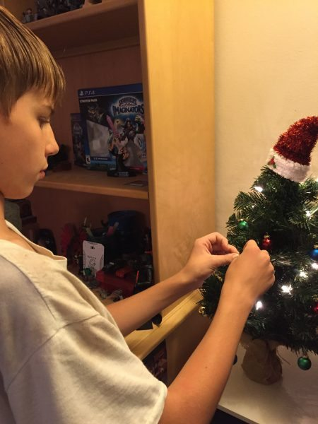 How to Decorate a Child's Bedroom for the Holidays Boscov's Christmas tree