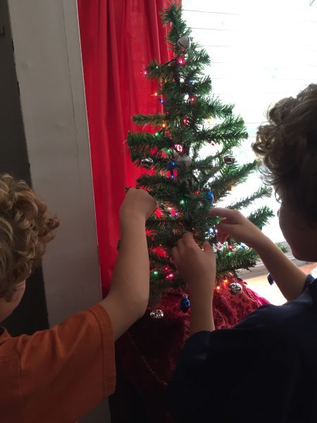how to decorate a childs bedroom for the holidays boscovs christmas tree