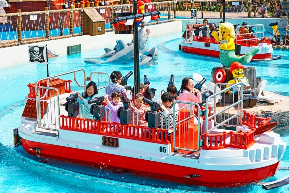 Plan for an epic Splash Battle at the Pirate Shores of Legoland New York.