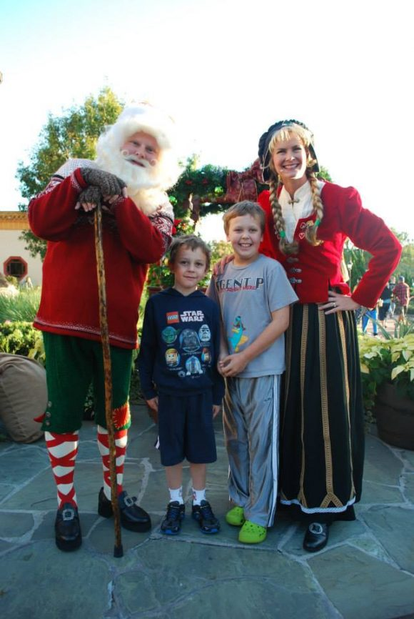 Disney World at Christmas Santa and Mrs. Claus at Epcot