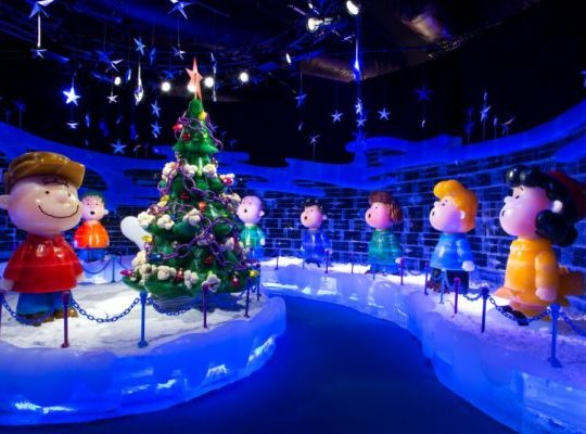 Gaylord National Hotel ICE! Charlie Brown Christmas