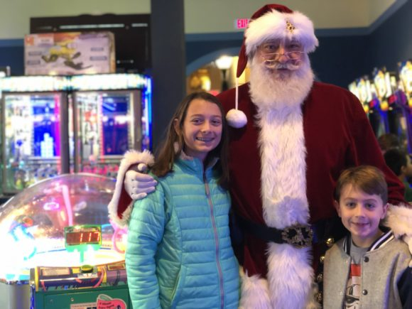 Santa appearances at iPlay America