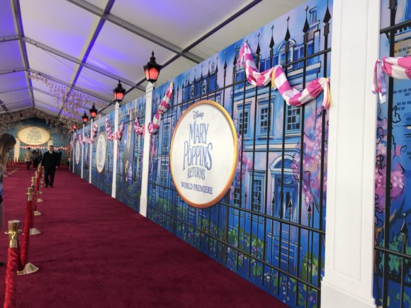 The Disney bloggers were some of the first to arrive for the Mary Poppins Returns Red Carpet Experience.