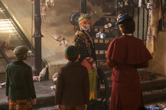 Mary Poppins returns scene with banks children and Meryl Streep