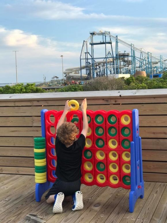 The Seaport Pier restaurant in Wildwood offers kids activities like connect four.
