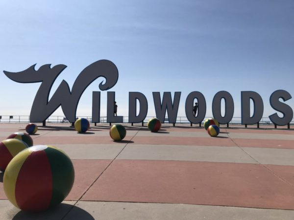 Iconic wildwoods sign with boys