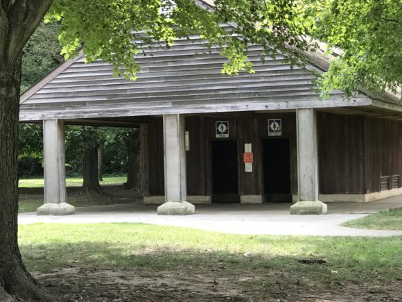 Fort Mott State Park has restrooms at the playground.