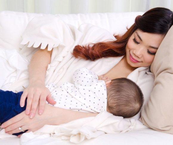 mom breasfeeding her baby