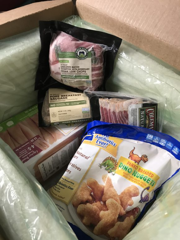 Perdue Farms delivery to New Jersey. My package included chicken nuggets, bacon, pork, packaged in an earth friendly way.