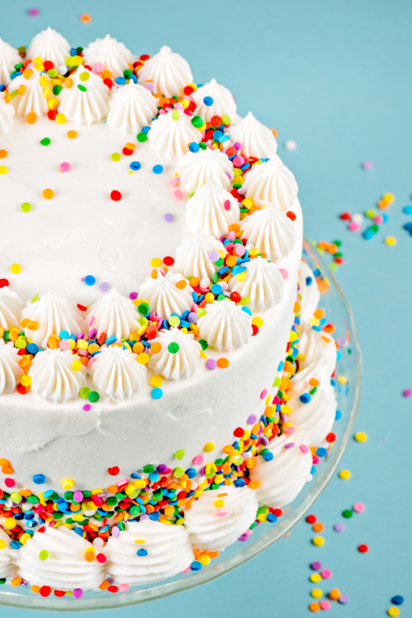 close up picture of a birthday cake