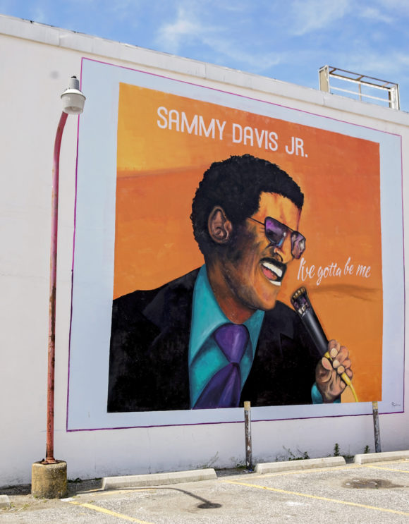 GLENN TAYLOR I've Gotta Be Me Sammy Davis Jr mural in Atlantic City