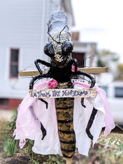 Bee Antoinette scarecrow from Keyport Public Library Scarecrow contest Photo credit ©Alexandra Yanosh @artofxan