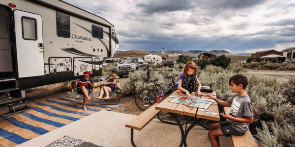RV-trailer-rental-family-plays-a-board-game