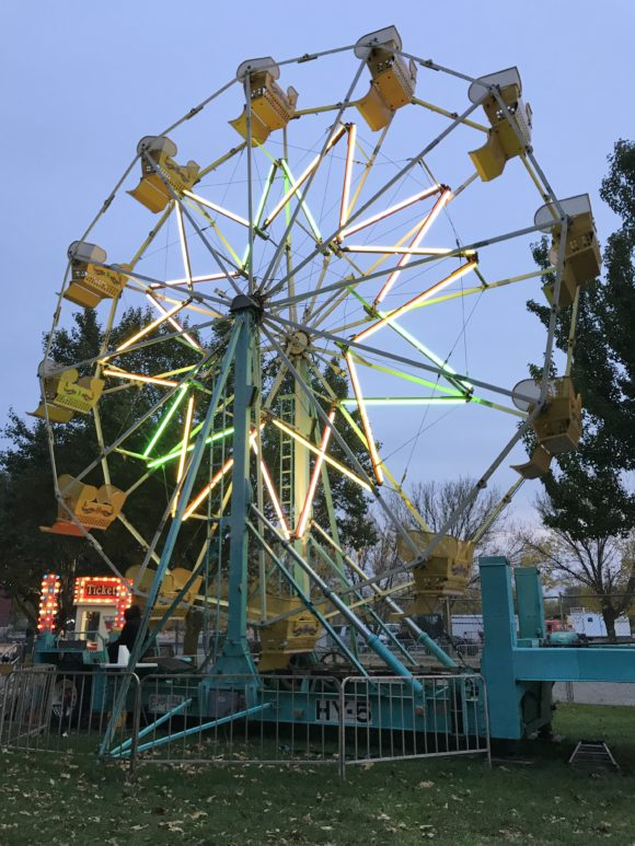 Ferris wheel at Skylands Stadium