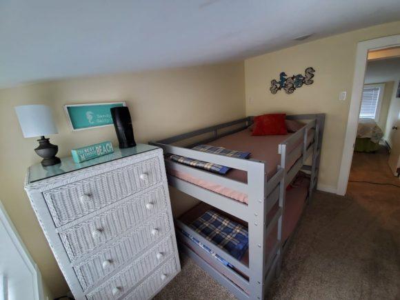 Four Bedroom Wildwood Home Rental kids bedroom with bunk bed