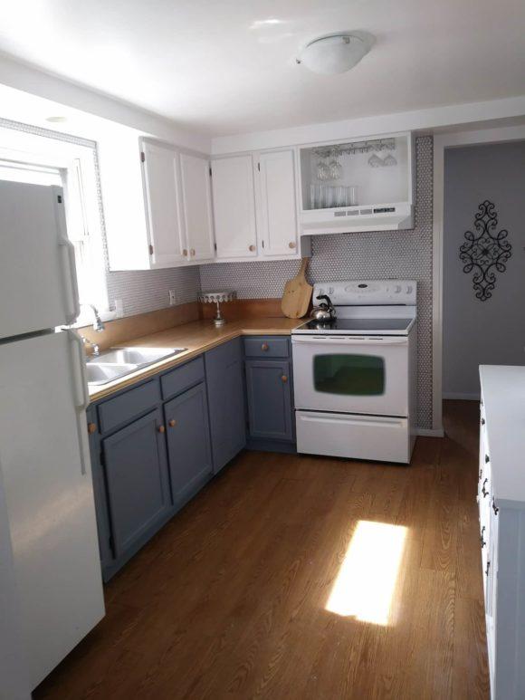 North Wildwood SeaBreeze Cottage kitchen