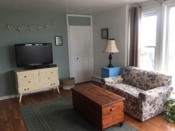 Wildwood Crest Condo living room