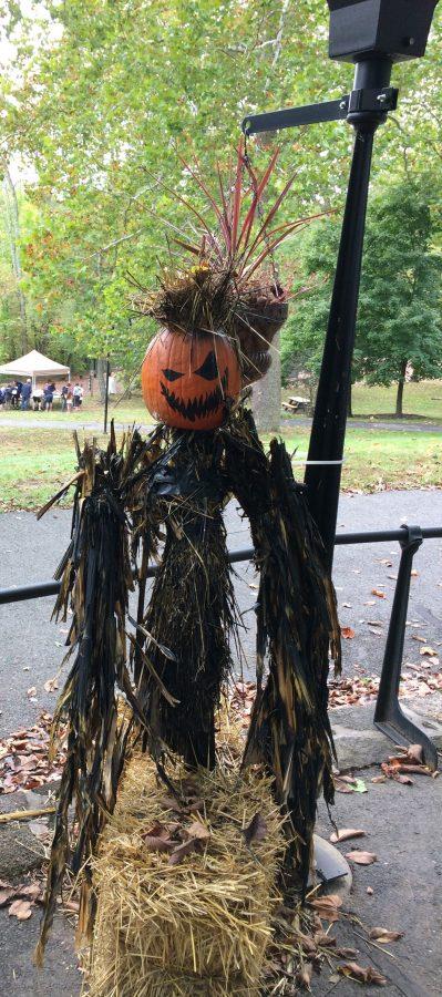 Scary pumpkin scarecrow