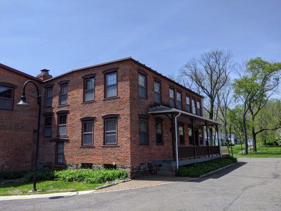 building at Historic Smithville park