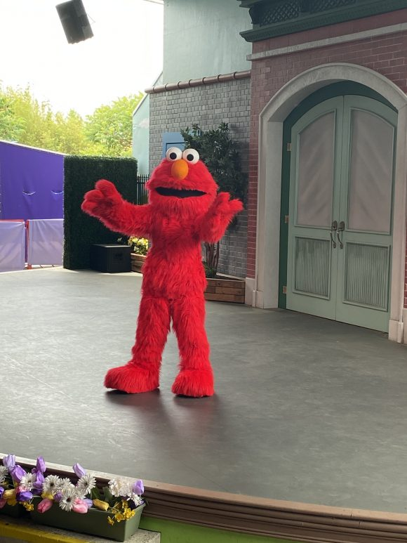 Elmo's show Let's Play Together is loved by toddlers and preschoolers at Sesame Place.