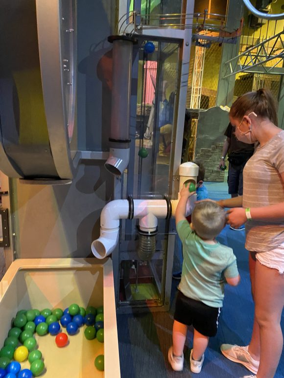 The I explore exhibit at Liberty Science Center has play spaces for toddlers and preschoolers.