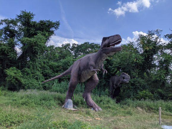 T-rex at Field Station Dinosaurs