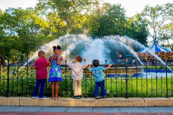 Franklin Square Fountain People 2017_JFusco (22)